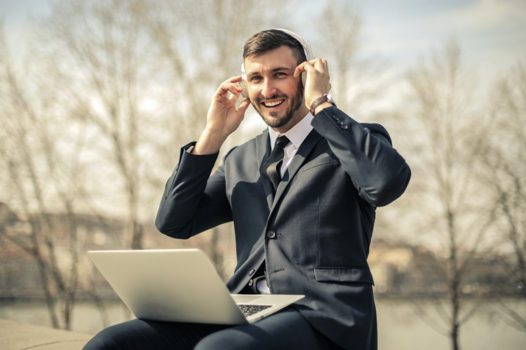 how to earn money with transcription jobs from home